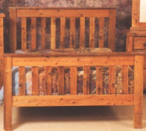 Northeastern Rustic Aroostock Collection Barnwood Slat Bed